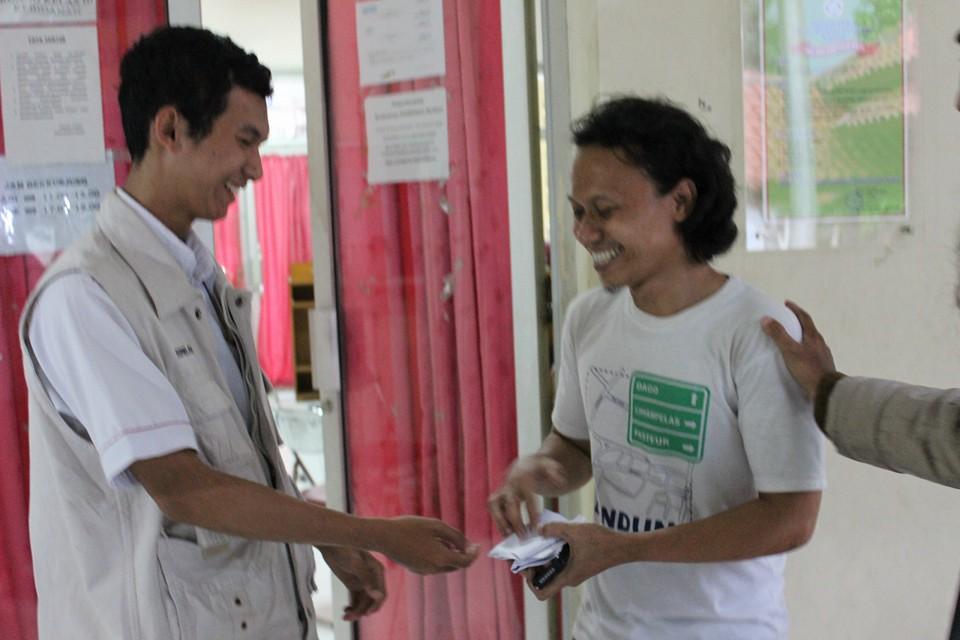 Bantuan Dana Bagi Dhuafa