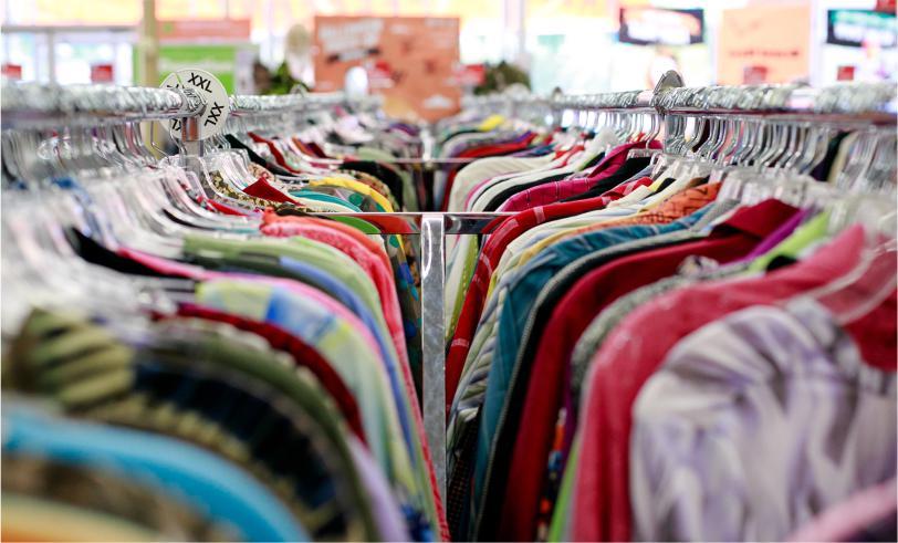 Sibuk Cari Pakaian Baru di Akhir Ramadhan