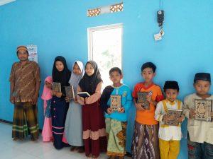 Yamusa Tebar Al-Quran untuk TPA Al-Mubarok Cipari Kab Cilacap