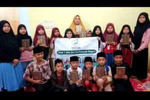 Distribusi Mushaf Al-Quran untuk Madrasah Diniyah Nurul Ikhlas Malangbong-Garut