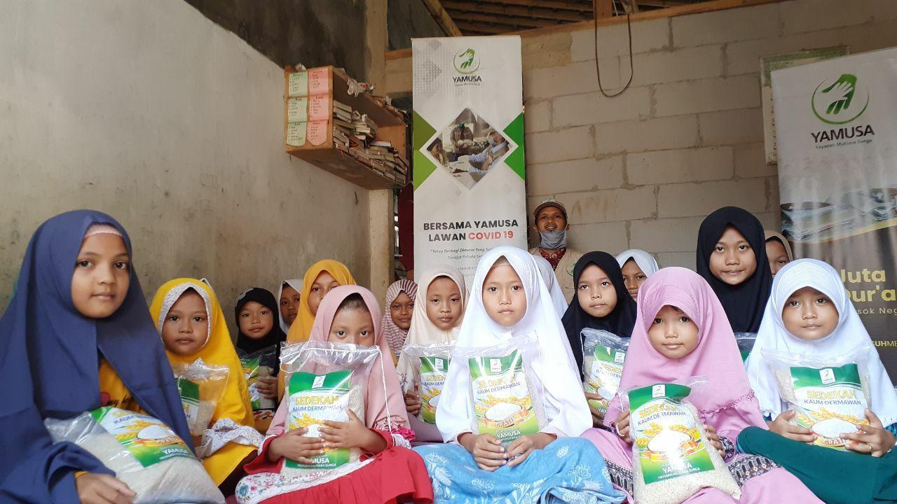 Yamusa Berbagi Pangan untuk Santri Rumah Qur'an Darul Huda
