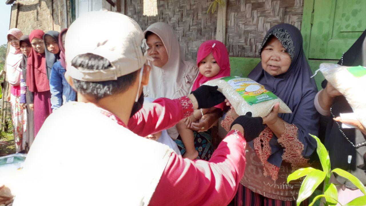 Yamusa Tanggap Lockdown Kepada Para Dhuafa Desa Cibeber Kab Cianjur