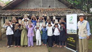 Bantuan Mushaf Al-Qur'an dan Pangan untuk Ponpes Ar-Rodi'iyah