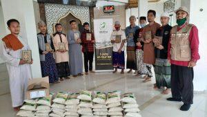 Bantuan Mushaf Al-Quran dan Pangan untuk Ponpes Al-Muroqobah