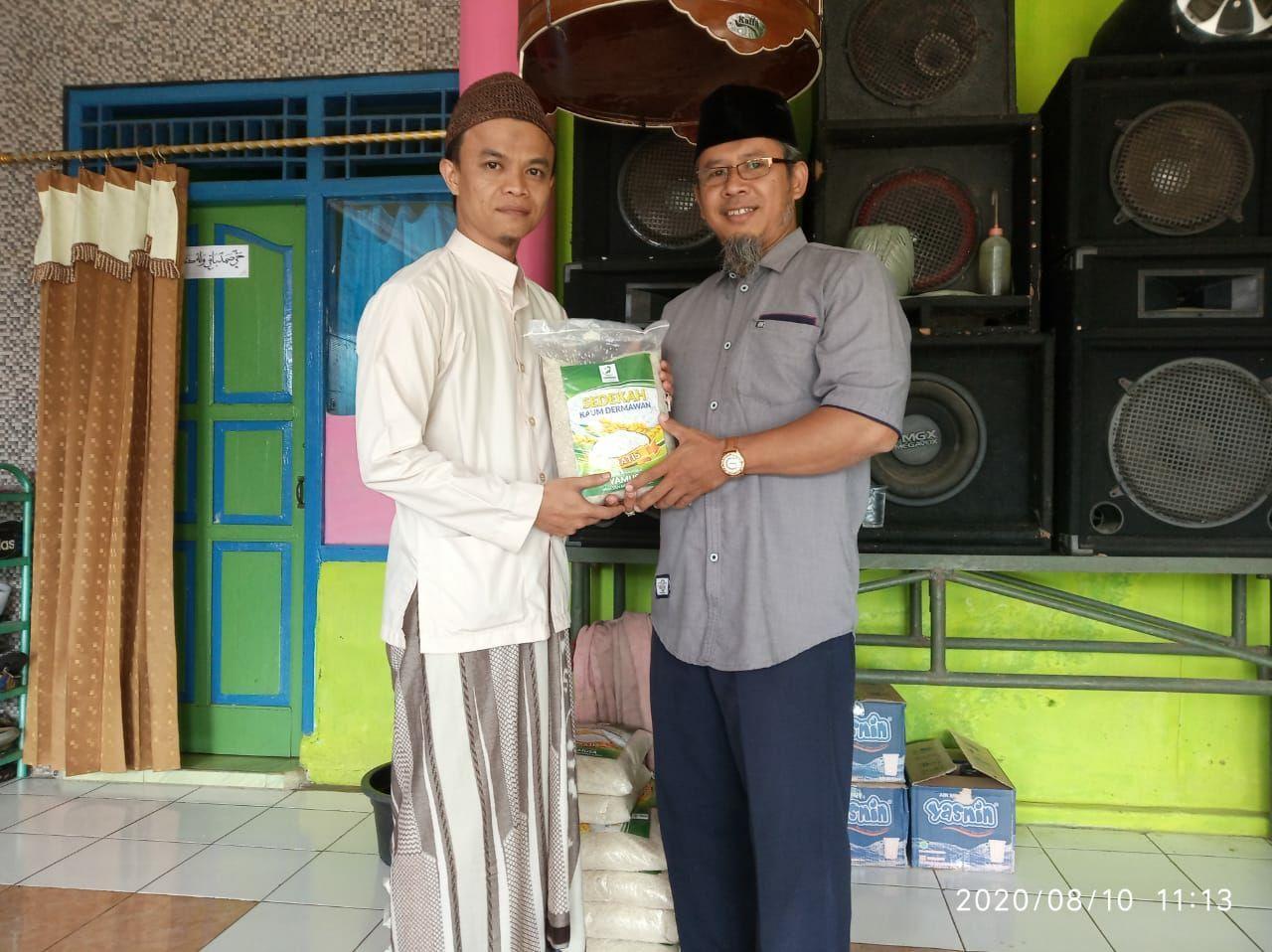 Bantuan Pangan untuk Ponpes Miftah Khoir