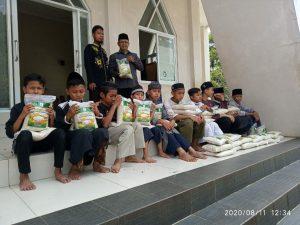 Bantuan Pangan untuk Ponpes Ruhama Parung