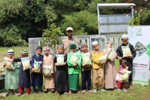 Bantuan Pangan untuk Bogor