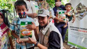 Berbagi Pangan Kepada Warga Kurang Mampu di Depok Jawa Barat