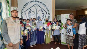 Bantuan Beras untuk Warga Dhuafa di Kec Bogor Utara