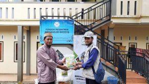Distribusi Pangan ke Ponpes Abu Bakar Tasikmalaya