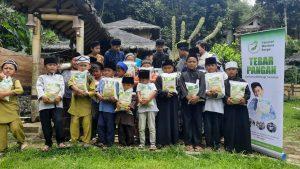 Yamusa Berbagi Pangan kepada Para Santri Yatim Ponpes Al-Barokah