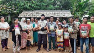 Bantuan Pangan untuk Korban Banjir Lebak Banten