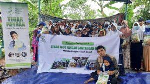 Paket Beras untuk Majlis Ta'lim Al-Mukimin Bogor