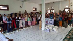 Paket Pangan untuk Para Santri di Majlis Ta'lim Nurul Hidayah