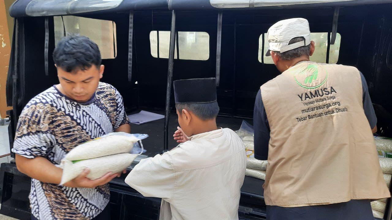 Paket Pangan untuk Ponpes Al-Muhajirin Kab Bogor